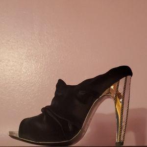 Sergio Rossi heel shoe